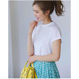 Drawer - 【新品】今季商品 SVTロゴ刺繍Tシャツ(ホワイト) Mサイズ