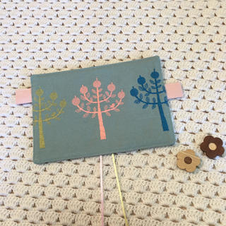 ミナペルホネン(mina perhonen)のほぼ日手帳カバー オリジナルサイズ ミナペルホネン  ringo グリーン使用(ブックカバー)