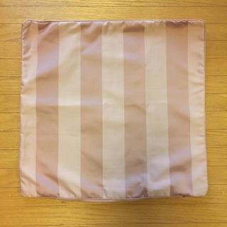 イケア(IKEA)のIKEA クッションカバー 50×50cm ピンク(クッションカバー)