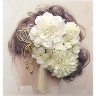 愛らしい髪かざり 袴 卒業式 結婚式 成人式 前撮りに はかまにかみかざり