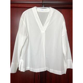 ビューティアンドユースユナイテッドアローズ(BEAUTY&YOUTH UNITED ARROWS)のビューティ&ユース 1回着用美品 白シャツ 袖ワイドブラウス(シャツ/ブラウス(長袖/七分))