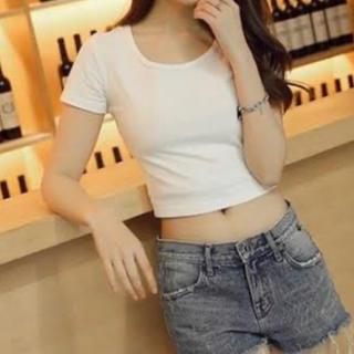 エモダ(EMODA)のTシャツ(Tシャツ(半袖/袖なし))
