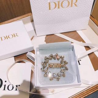ディオール(Dior)のDior J'ADIOR ローリエビジューブローチ(ブローチ/コサージュ)