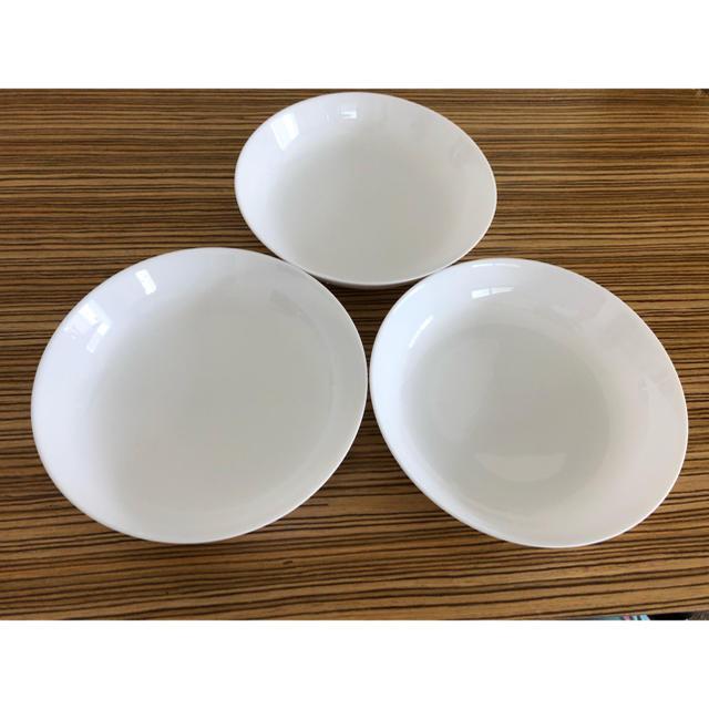 山崎製パン(ヤマザキセイパン)の春のパン祭りのお皿 大皿 カレー皿 3枚セット 白皿 インテリア/住まい/日用品のキッチン/食器(食器)の商品写真
