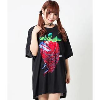 ミルクボーイ(MILKBOY)のTRAVAS TOKYO 苺 いちご berry BIG Tシャツ ブラック(Tシャツ/カットソー(半袖/袖なし))