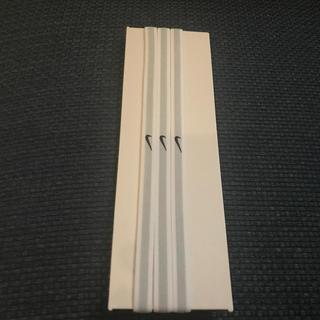 ナイキ(NIKE)の未使用!NIKE ヘアバンド 白 3本セット(トレーニング用品)