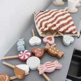 ファミリア(familiar)の北欧 木製おもちゃ キャンディセット 新品(知育玩具)