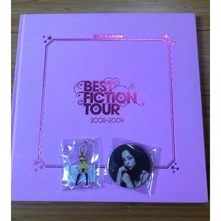 安室奈美恵 BEST FICTION TOUR アクリルスタンド 缶バッチ(ミュージシャン)