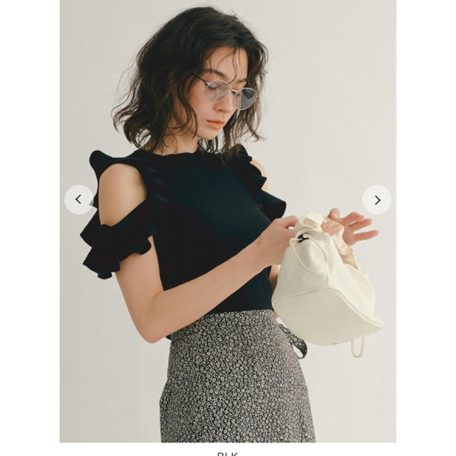 snidel(スナイデル)の新品 スナイデル フリルニットプルオーバー レディースのトップス(カットソー(半袖/袖なし))の商品写真