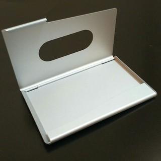新品・未使用 名刺・カード入れ 軽量 シルバーアルミ製(名刺入れ/定期入れ)