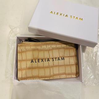 アリシアスタン(ALEXIA STAM)のalexiastam Logo Card Case Beige 新品未使用品(名刺入れ/定期入れ)