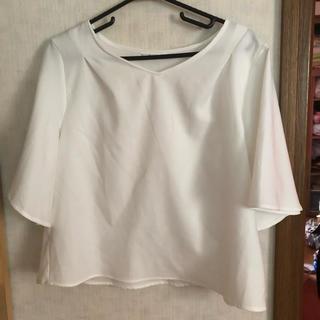 アベイル(Avail)のアベイル しまむら フレア シャツ Tシャツ M(シャツ/ブラウス(半袖/袖なし))