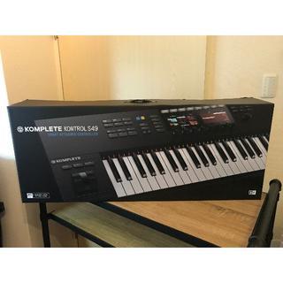新品★KOMPLETE KONTROL S49 MK2 MIDIキーボード(その他)