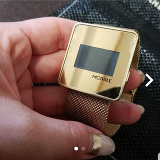 デジタル時計(腕時計)