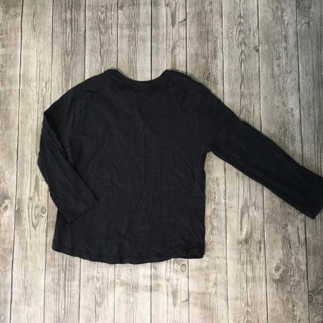 ZARA KIDS(ザラキッズ)のzara boys  黒 ロンT  110 キッズ/ベビー/マタニティのキッズ服男の子用(90cm~)(Tシャツ/カットソー)の商品写真