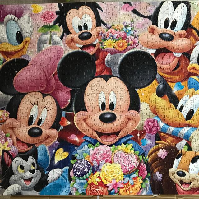 Disney(ディズニー)のディズニー パズル 1000ピース エンタメ/ホビーのおもちゃ/ぬいぐるみ(キャラクターグッズ)の商品写真
