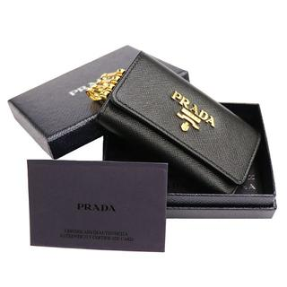 プラダ(PRADA)のPRADA 6連キーケース サフィアーノレザー ブラック A2545(キーケース)