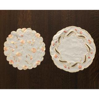 アビランド(Haviland)のビンテージ ドイリー 刺繍 2枚セット(テーブル用品)