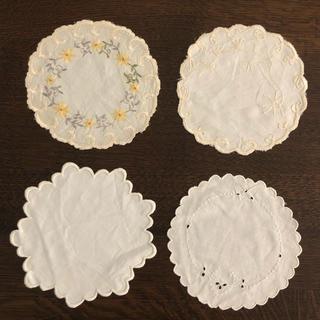アビランド(Haviland)のビンテージ ドイリー 刺繍 4枚セット(テーブル用品)