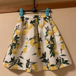 アベニールエトワール(Aveniretoile)のアベニールエトワール 36 レモン スカート(ひざ丈スカート)