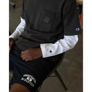 アンディフィーテッド(UNDEFEATED)のUNDEFEATED x Champion ポケットT(Tシャツ/カットソー(半袖/袖なし))