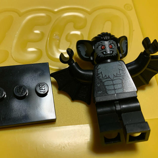 レゴ(Lego)のLEGO ミニフィグシリーズ こうもり男、ドラキュラ2点(積み木/ブロック)