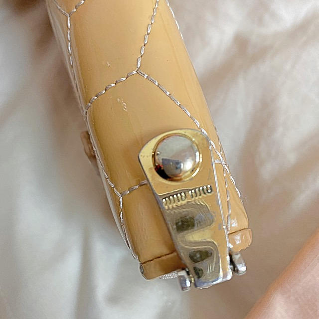 miumiu(ミュウミュウ)のmiumiu 財布 保存袋 難あり  レディースのファッション小物(財布)の商品写真