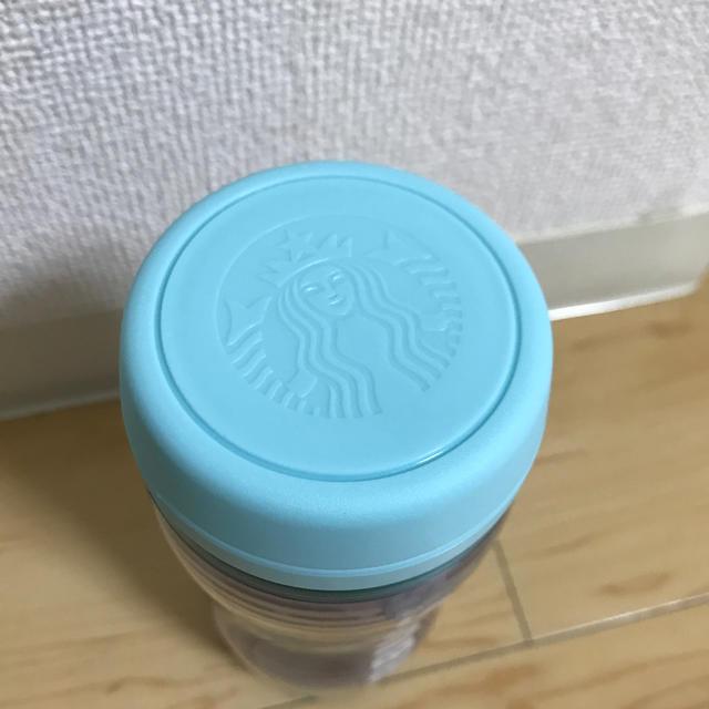 Starbucks Coffee(スターバックスコーヒー)のゆっきー様専用 スタバ ボトルホログラムくじら インテリア/住まい/日用品のキッチン/食器(タンブラー)の商品写真