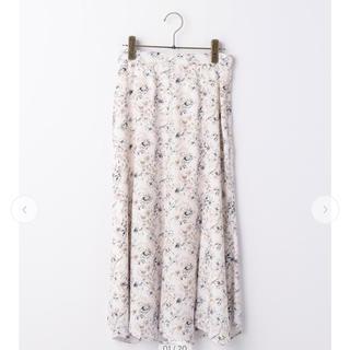 Stola. - 線画フラワープリントスカート