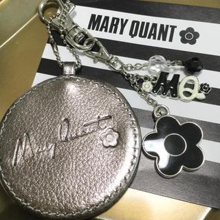 マリークワント(MARY QUANT)のマリークワント  シルバーミラーデイジーチャーム【新品未使用】(キーホルダー)