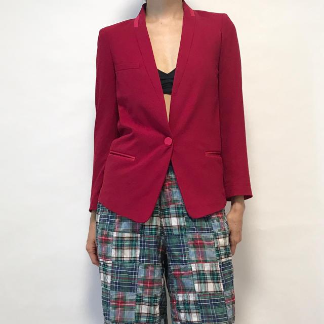 Isabel Marant(イザベルマラン)のISABEL MARANT イザベルマラン ジャケット 赤 34 フミカウチダ  レディースのジャケット/アウター(ノーカラージャケット)の商品写真