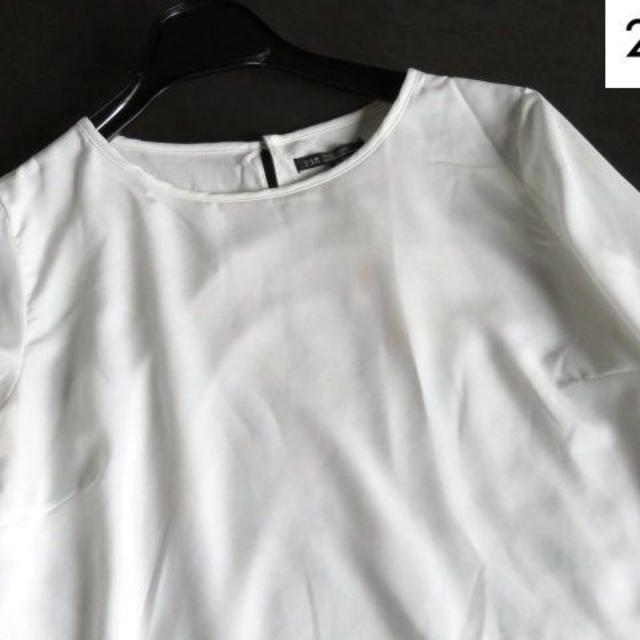 23区(ニジュウサンク)の新品 23区 レース裾 大人エレガント ブラウス 38 レディースのトップス(シャツ/ブラウス(長袖/七分))の商品写真