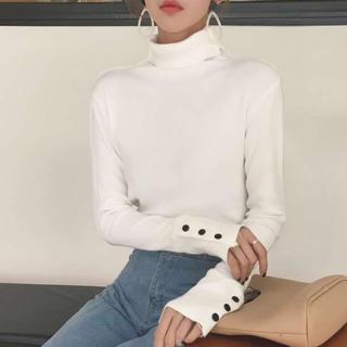 ★新品送料無料★ボタン袖タートルネックニット 韓国 春服 ホワイト