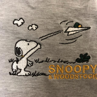 SNOOPY - スヌーピー 刺繍Tシャツ