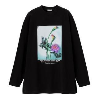 ジーユー(GU)のGUグラフィックロングスリーブT(長袖)B サイズXL ブラック(Tシャツ(長袖/七分))