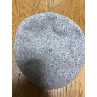 ジーユー(GU)のベレー帽 グレー ジーユー 灰色(ハンチング/ベレー帽)