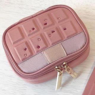 gelato pique - チョコレートポーチ
