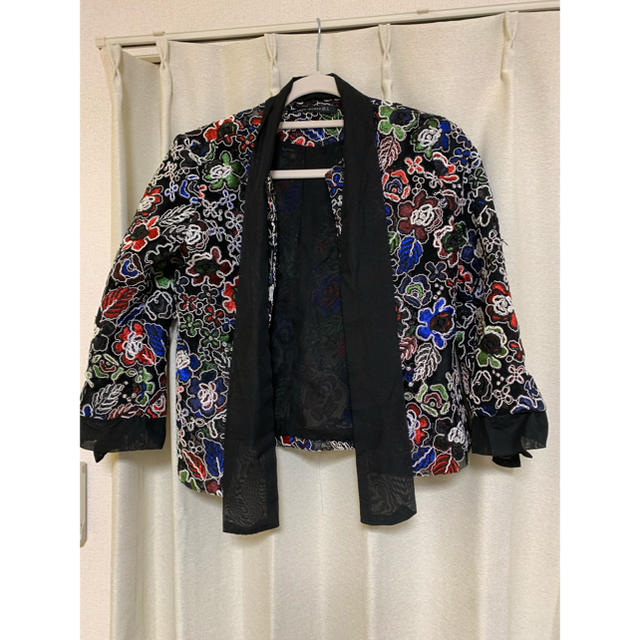 ZARA(ザラ)のzaraジャケット レディースのジャケット/アウター(ノーカラージャケット)の商品写真