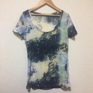 アーバンアウトフィッターズ(Urban Outfitters)の¥1999→1899ギャラクシーTシャツ(Tシャツ(半袖/袖なし))