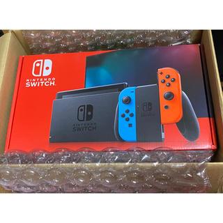 ニンテンドースイッチ(Nintendo Switch)のNintendo Switch JOY-CON(L) ネオンブルー/ネオンレッド(家庭用ゲーム機本体)