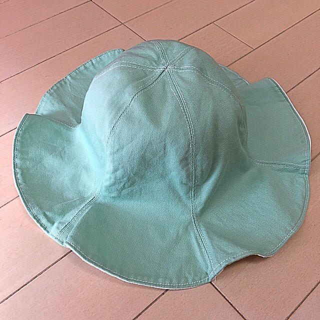 Caramel baby&child (キャラメルベビー&チャイルド)のハンドメイド チューリップハット  リバーシブル 48cm キッズ/ベビー/マタニティのこども用ファッション小物(帽子)の商品写真