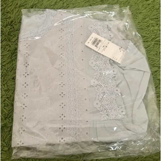 SM2(サマンサモスモス)の新品タグ付き サマンサモスモス レースノースリブラウス サックス レディースのトップス(シャツ/ブラウス(半袖/袖なし))の商品写真