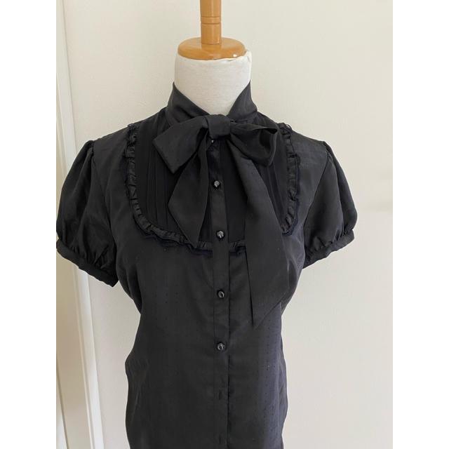 axes femme(アクシーズファム)の2way ブラック光沢ブラウス パフスリーブ レディースのトップス(シャツ/ブラウス(半袖/袖なし))の商品写真
