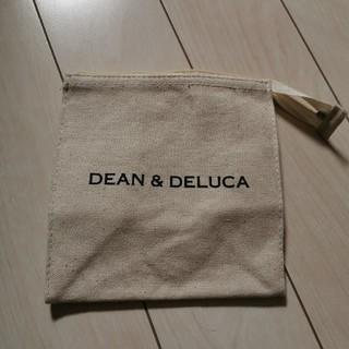 ディーンアンドデルーカ(DEAN & DELUCA)のDEAN&DELUCA 雑誌付録ポーチ(ポーチ)