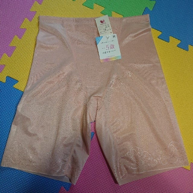 Wacoal(ワコール)のワコール☆-5歳着やせパンツ 76 レディースの下着/アンダーウェア(ショーツ)の商品写真