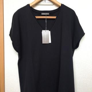 セオリーリュクス(Theory luxe)の<新品タグ付き>teory luxe Vネックトップス(Tシャツ(半袖/袖なし))