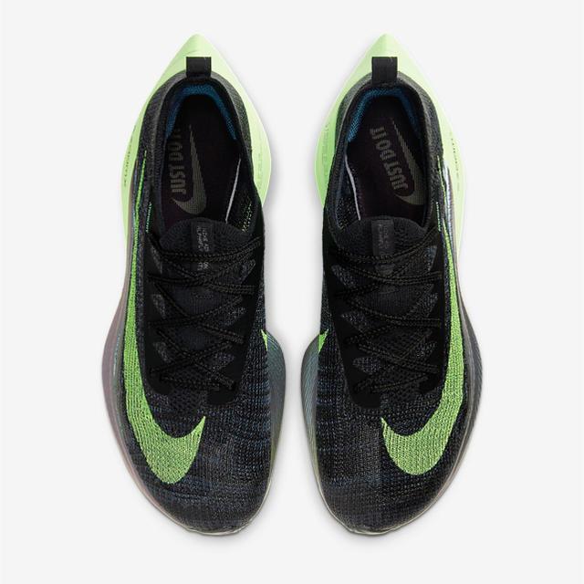 NIKE(ナイキ)のNike air zoom alpha next% メンズの靴/シューズ(スニーカー)の商品写真