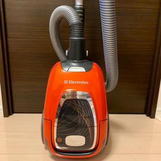 エレクトロラックス(Electrolux)のエレクトロラックス●エルゴスリーオート●低音掃除機(掃除機)