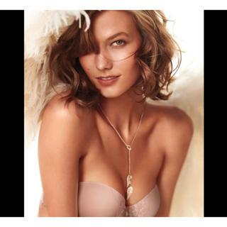 Victoria's Secret - Victoria's secret Angel Wing Necklace