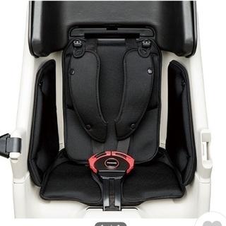 パナソニック(Panasonic)のPanasonic  ギュットクルーム 後ろシート用 クッション(自動車用チャイルドシートカバー)